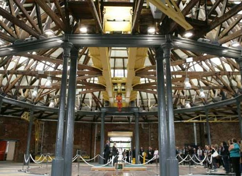 ROUNDHOUSE, DERBY COLLEGE. Inside Rotunda